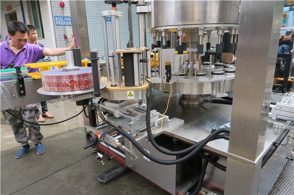 CE الروتاري آلة لصق الملصقات زجاجة واحدة مجنح التلقائي بالكامل