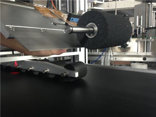 عالية السرعة بكرات أعلى آلة تسمية الملصقات خطوة التحكم في المحرك