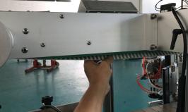 آلة لصق الملصقات الأوتوماتيكية ذات جانب مزدوج للحقائب الدائمة