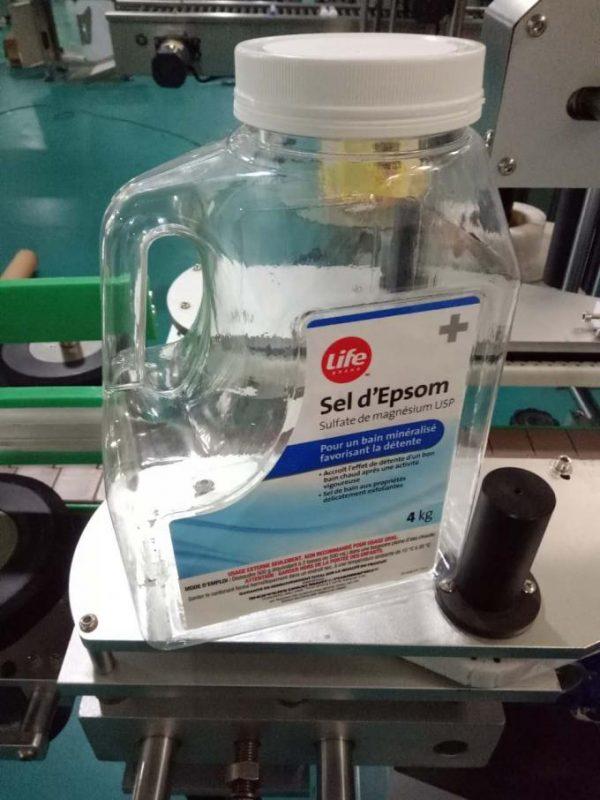 آلة وسم زجاجة المياه المخصصة ، آلة تسمية مقاعد البدلاء الأوتوماتيكية للجوانب المزدوجة