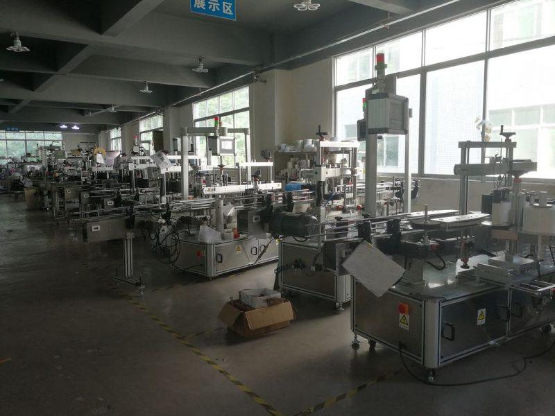 آلة لصق ملصقات المشروبات الصينية ، مورد آلة لصق الملصقات الأوتوماتيكية